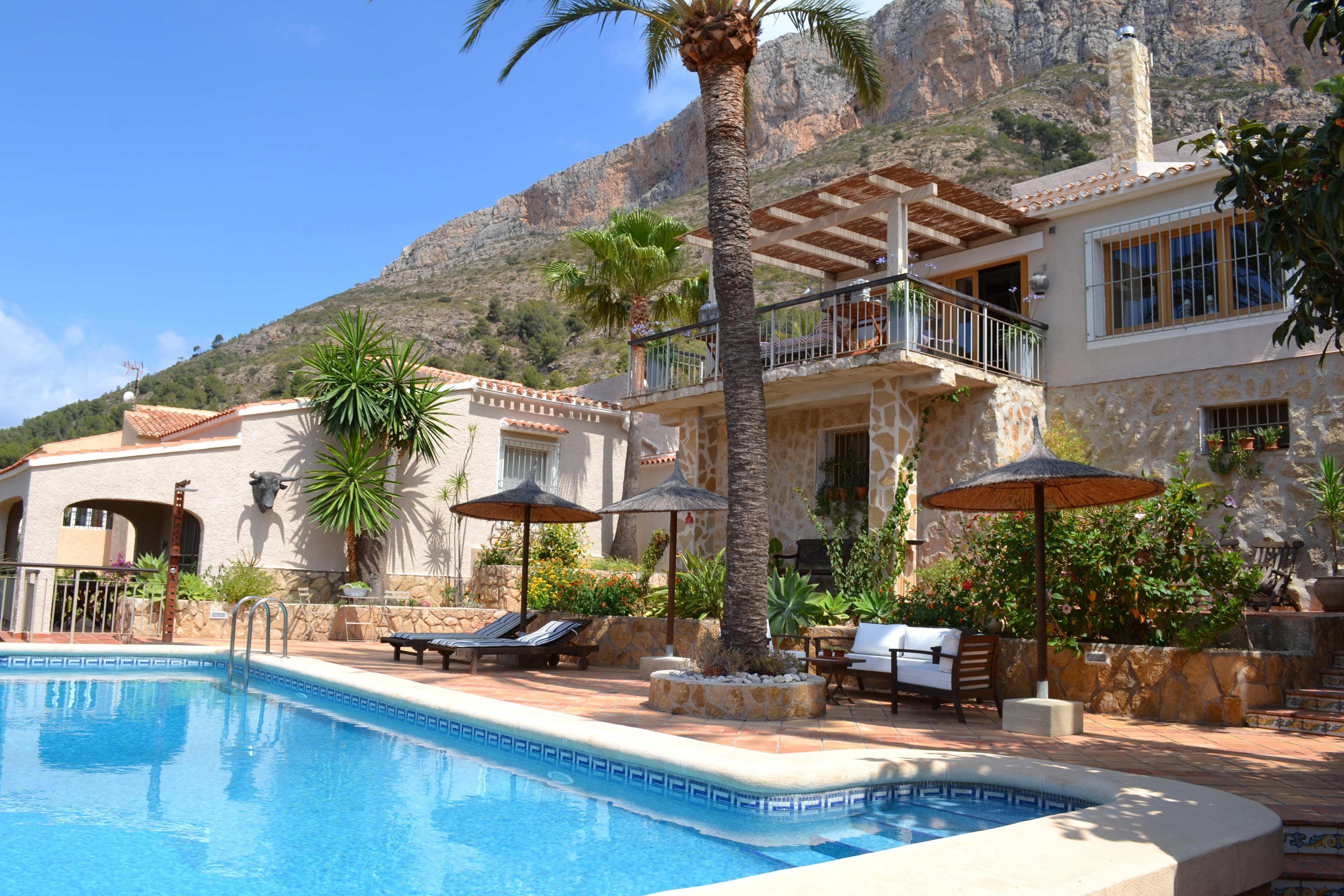 Casa en venta con 285 m2, 5 dormitorios  en Jávea (Xàbia)